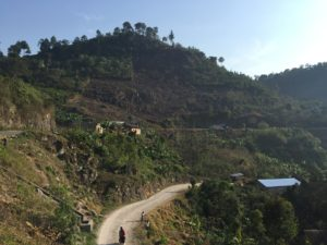 Road into Lanquin